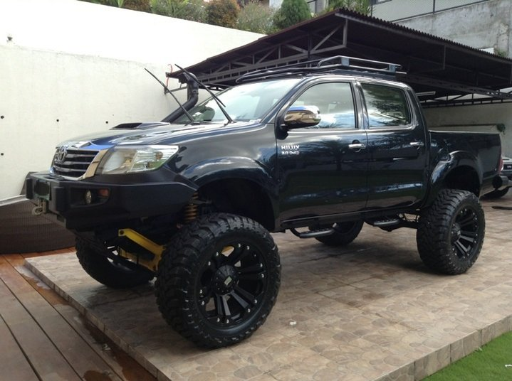 """Mj Auto Sales >> For Sale: 2012 Toyota hilux G 3.0 crdi d4d 4x4 manual dsl 7"""" lift fully set up 1.5M"""